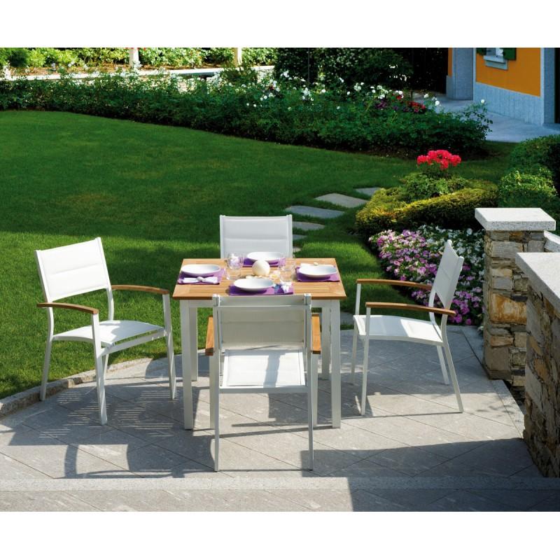 Set tavolo e sedie da giardino calvi e bastia di greenwood for Set tavolo e sedie da giardino outlet