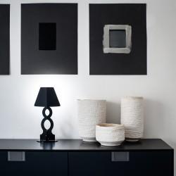 Lampada da tavolo ĀHUA Infinity. Brand: ĀHUA Design. Altezza 30cm. Diversi colori.