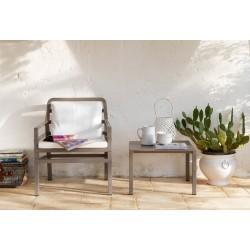 Tavolino polipropilene Aria. Diversi colori e misure. by Nardi Garden
