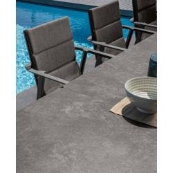 Tavolo da esterno allungabile Milo by Talenti. Piano ceramico, 2 misure e 2 colori