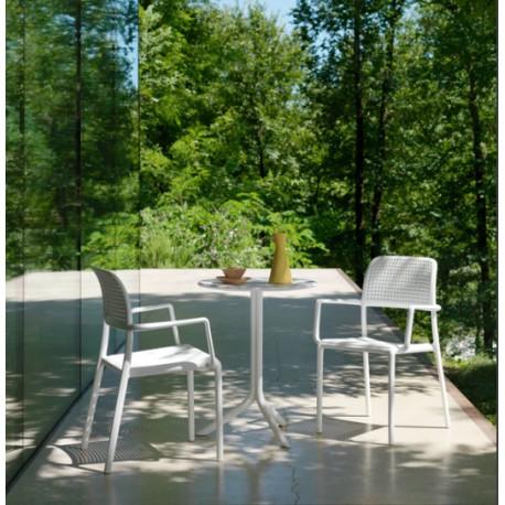 Tavolo Con Sedie Per Giardino.Set Tavolo Step E 2 Sedie Bora Con Braccioli Vari Colori Di Nardi