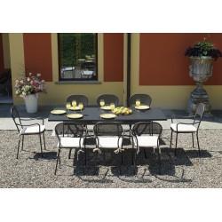 Tavolo Ginevra allungabile 150/200x90 cm in ferro, grigio antracite, antiruggine.